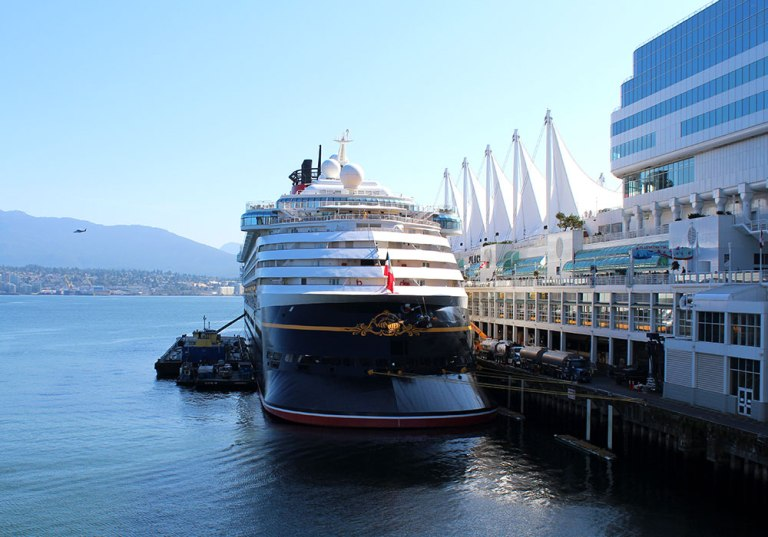 CANADAPLACE_3