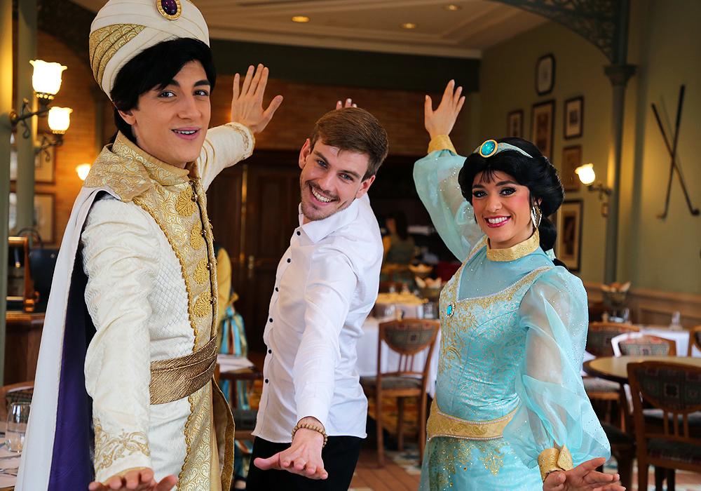 [Trip Report DLP] ÉPISODE BONUS : A Whole New World au Disneyland Hotel - Page 2 Brunch_24