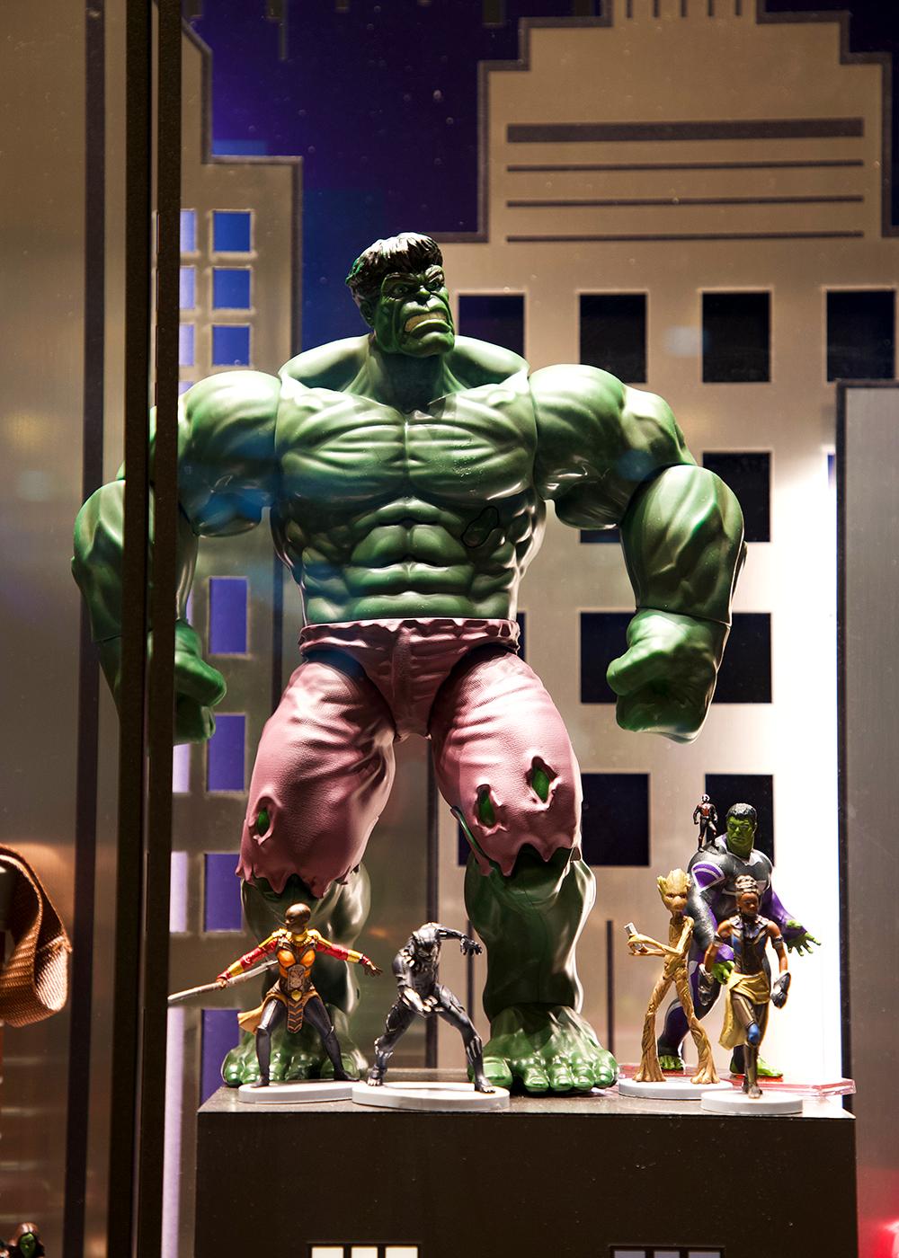 [Trip Report DLP] Découverte du Disney's Hotel New York – The Art of Marvel ! Boutique_2