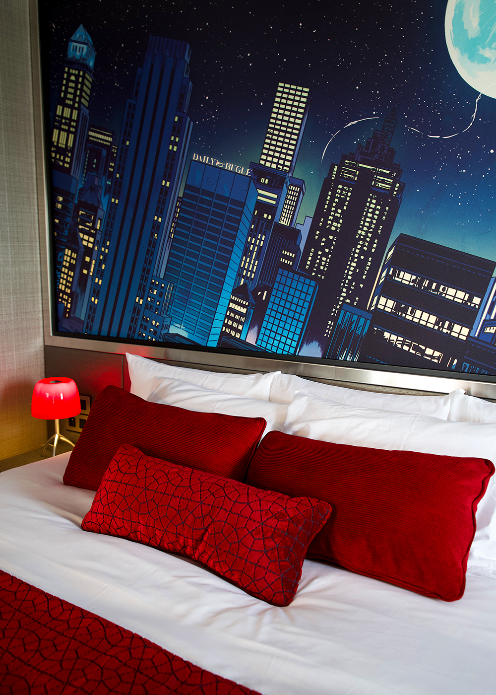 [Trip Report DLP] Découverte du Disney's Hotel New York – The Art of Marvel ! Zz_spideysuite_3